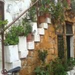 Balkon w stylu śródziemnomorskim zaadaptowany do polskich warunków