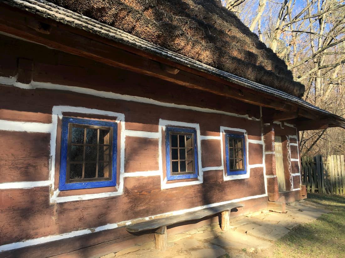 Wiejska chata ze skansenu