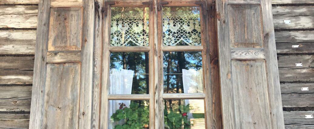 drewniana okiennica